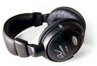 Sluchátka HP one Černá